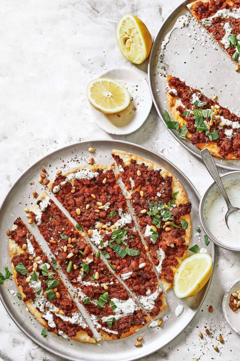 turkse pizza met lamsgehakt - delicious