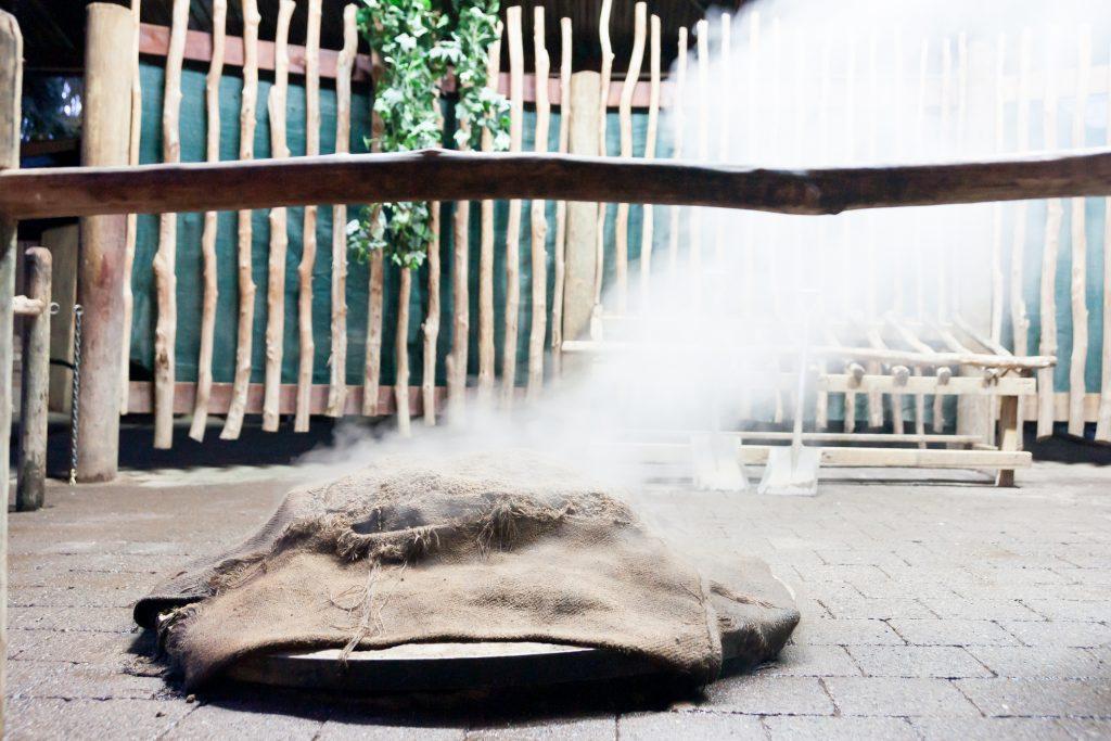 hangi koken in een kuil